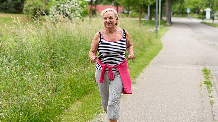 walk one hour a week to improve osteoarthritis pain 722x406 1